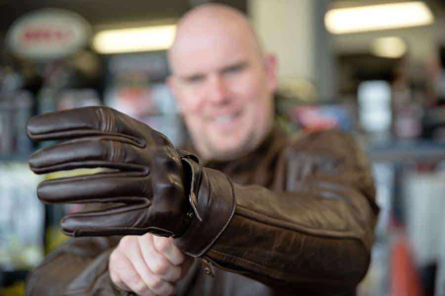 Motorcycle Gloves: How To Choose One?