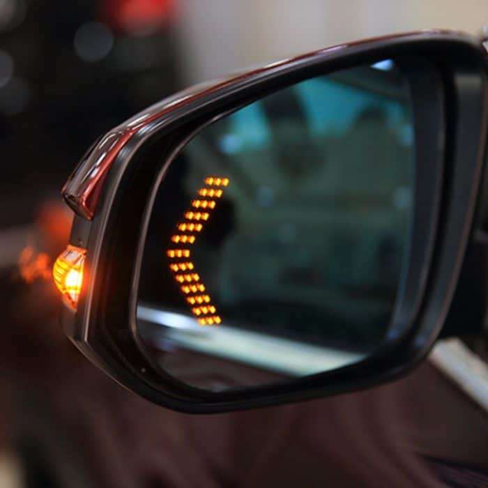 What Is The Best Right Side Mirror For Your Car?
