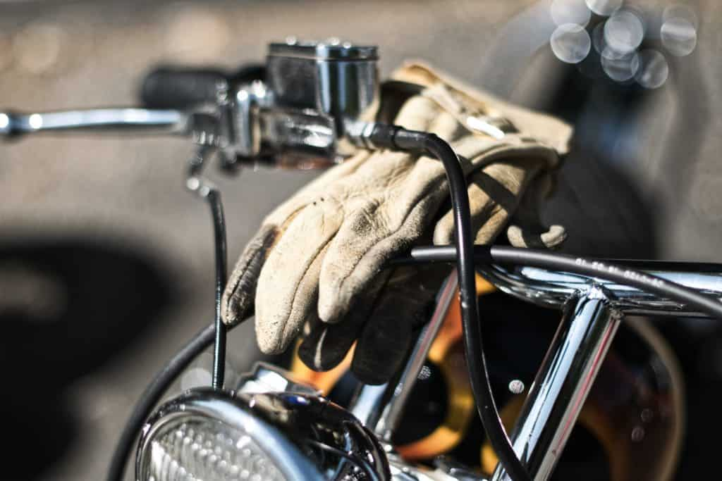 Top 6 Things To Consider When Buying Motorcycle Gloves
